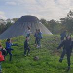 Sortie buissonnière enfants avec la Maison de Loire du Cher à la pyramide du Loup de Toucy
